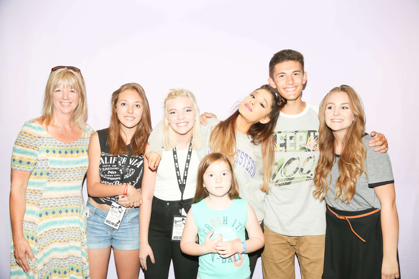 ariana grande dallas meet and greet