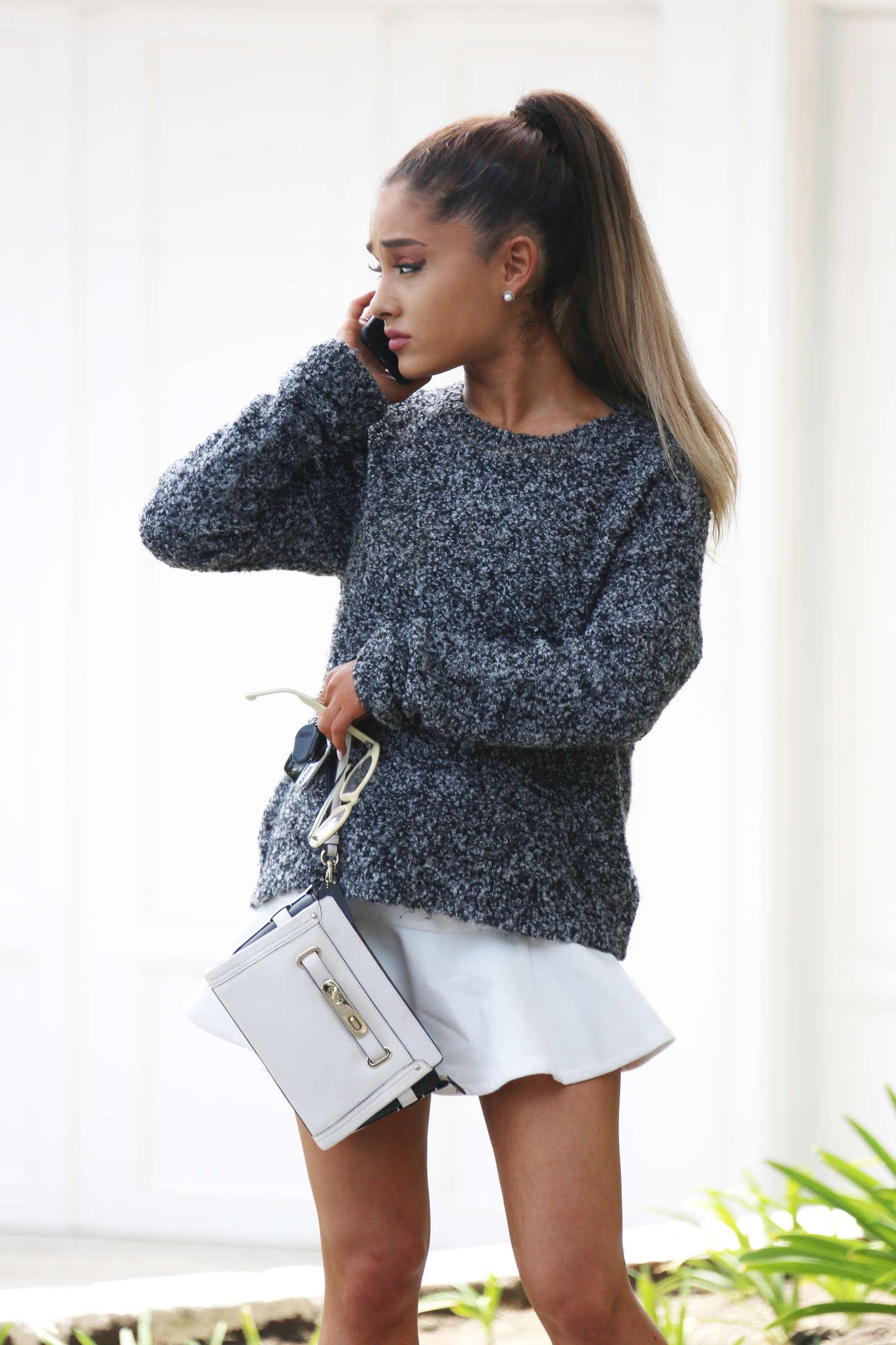 Mini Las Vegas >> Ariana Grande in White Mini Skirt -01 | GotCeleb