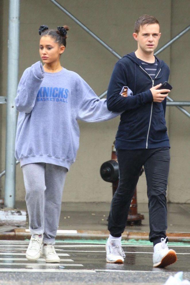Ariana Grande 2018 : Ariana Grande: Out in New York -05