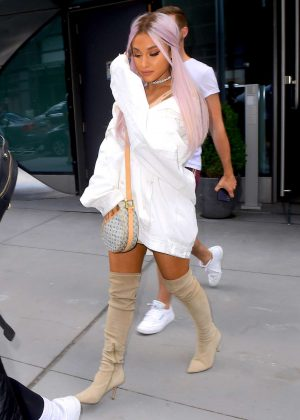 Ariana Grande - Out in NYC