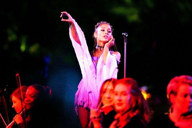 Ariana Grande: Performance at Coachella -08