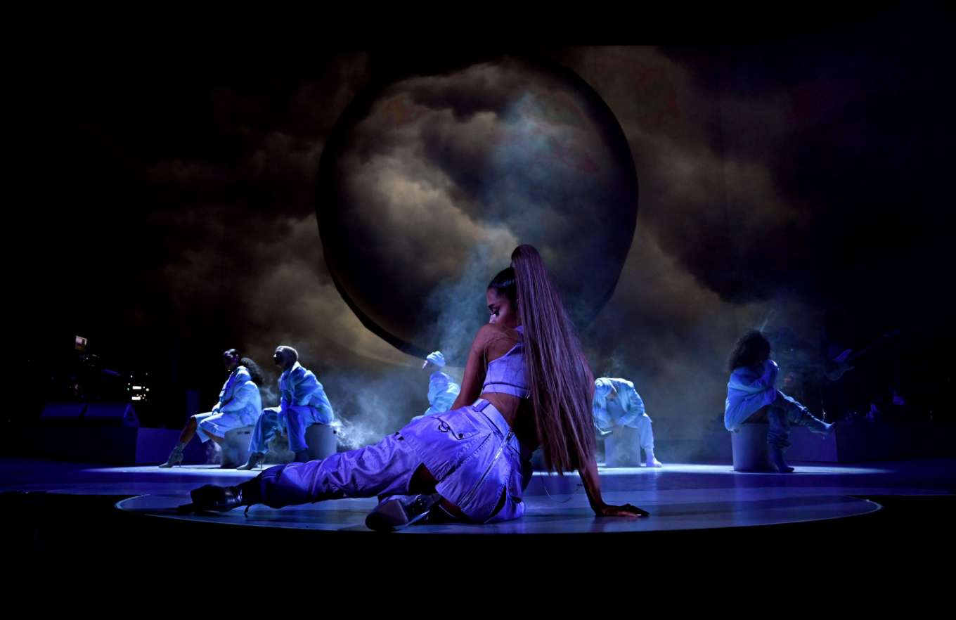 Ariana Grande 2019 : Ariana Grande: Performs on stage during Sweetener Tour -09