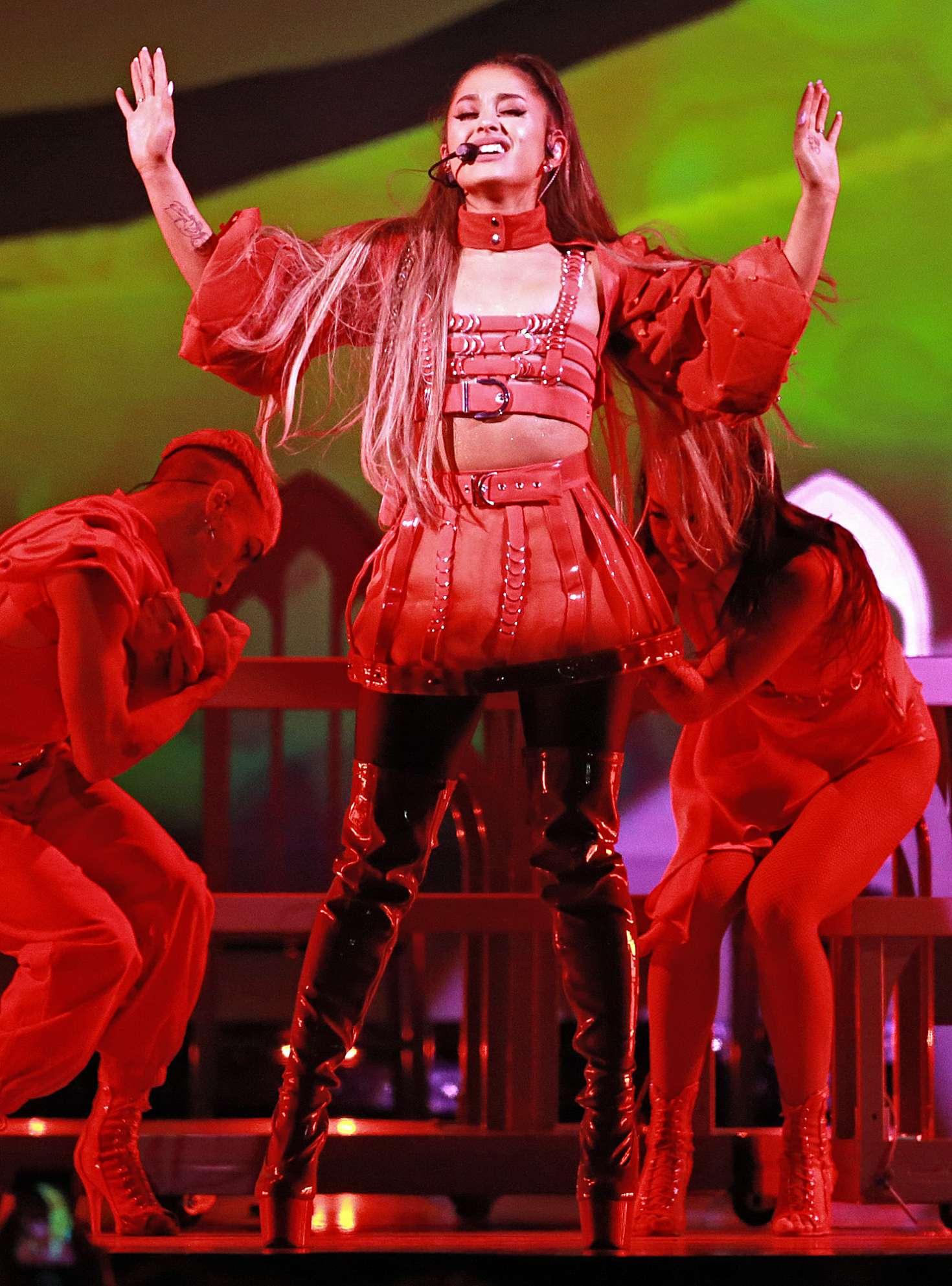 Ariana Grande Sweetener World Tour In Boston Gotceleb