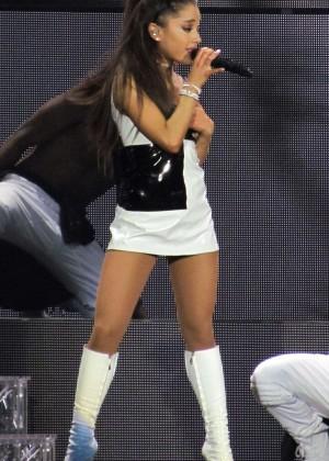 Ariana Grande - 'The Honeymoon Tour' in London