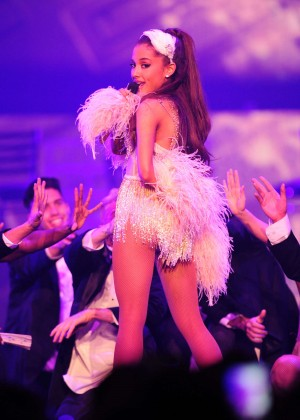 Ariana Grande: Performs in Pittsburgh -17