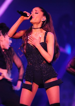 Ariana Grande: Performs in Pittsburgh -27