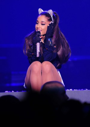 Ariana Grande: Performs in Pittsburgh -28