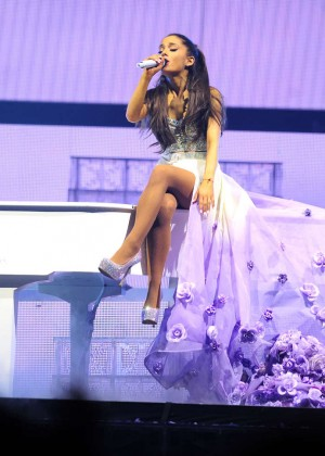Ariana Grande: Performs in Pittsburgh -31