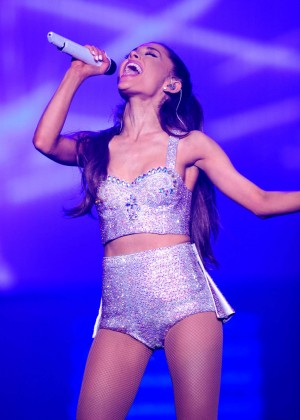 Ariana Grande: Performs in Pittsburgh -51