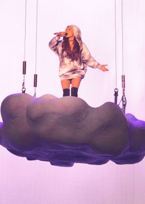 Ariana Grande: Performs in Pittsburgh -64