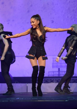 Ariana Grande: Performs in Pittsburgh -65