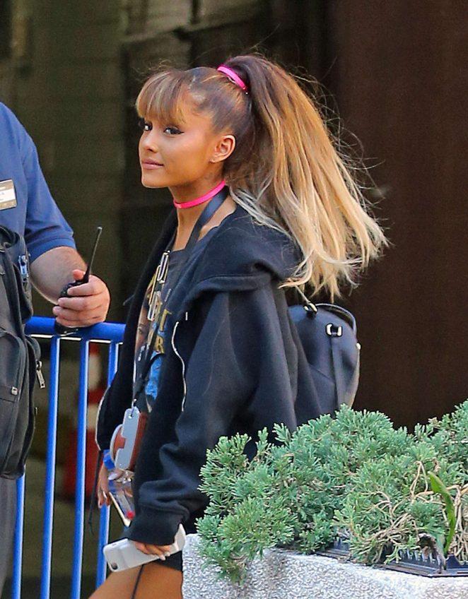 Ariana Grande Walking into Madison Square Garden 12 GotCeleb