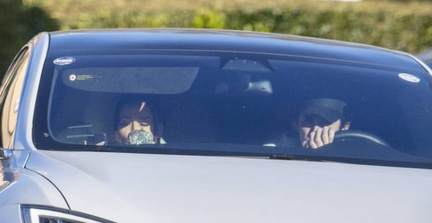 Ariana Grande - With boyfriend Dalton Gomez are seen at a starbucks in Montecito