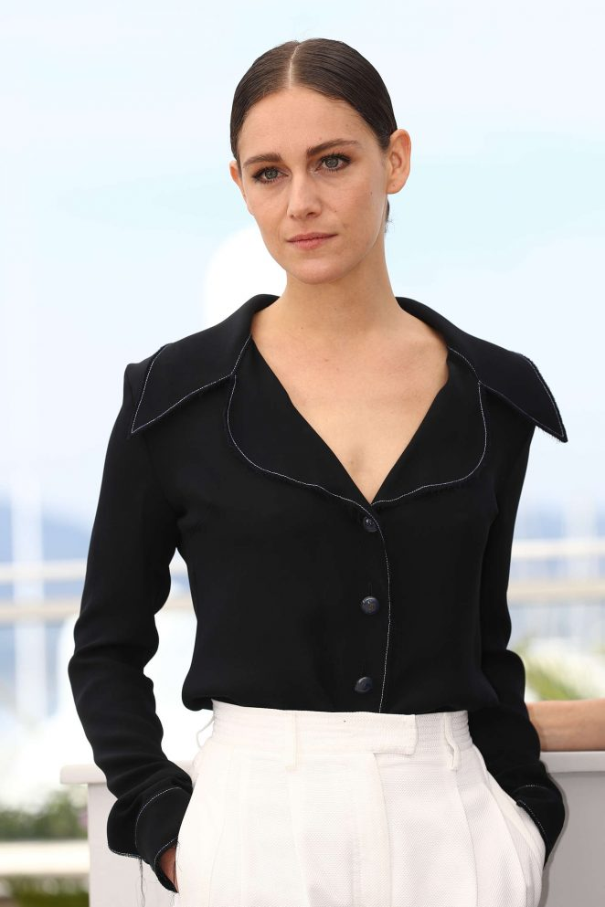 Ariane Labed - 'The Stopover' Photocall at 2016 Cannes Film Festival