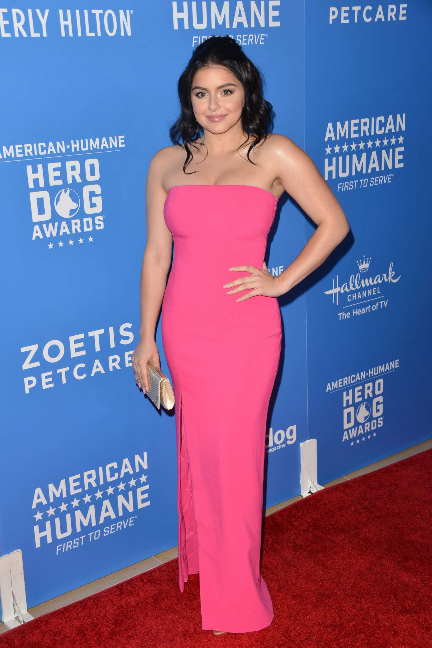 Ariel Winter - 2018 American Humane Hero Dog Awards in LA