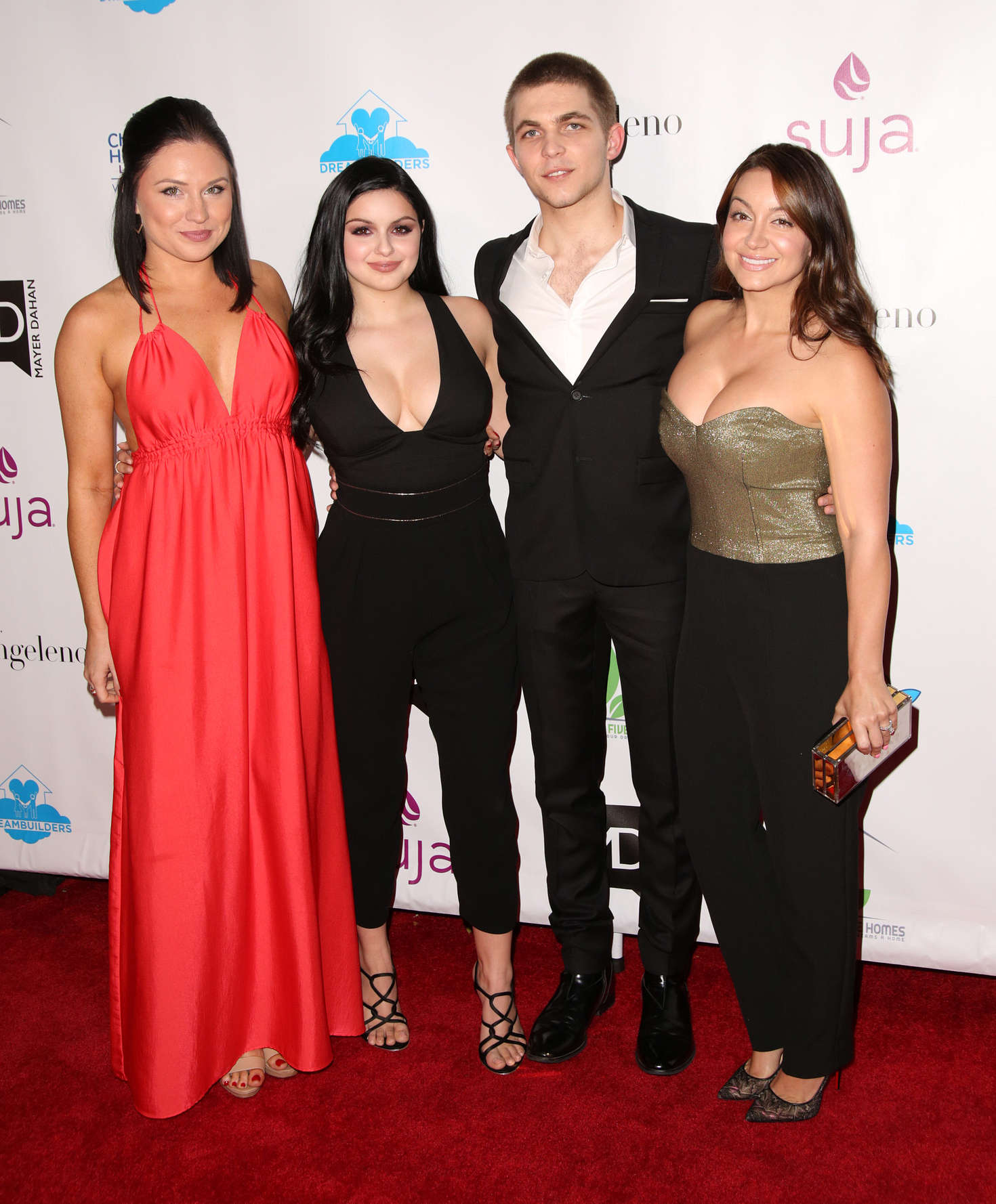 Ariel Winter: 3rd Annual A Brighter Future For Children Charity Gala -14
