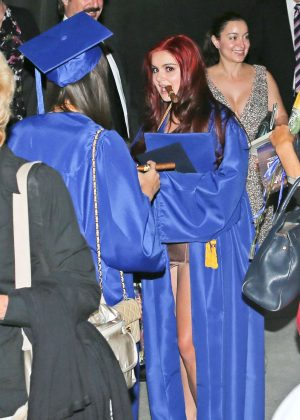 Ariel Winter at her Graduation in LA -08