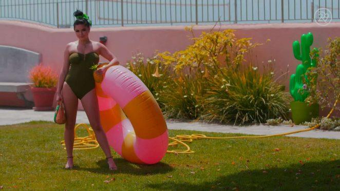 Ariel Winter: Bikini Photoshoot for Refinery29 -22