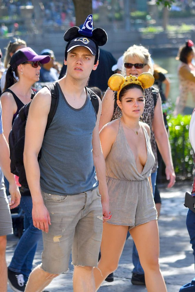 Ariel Winter: Having a fun at Disneyland -22