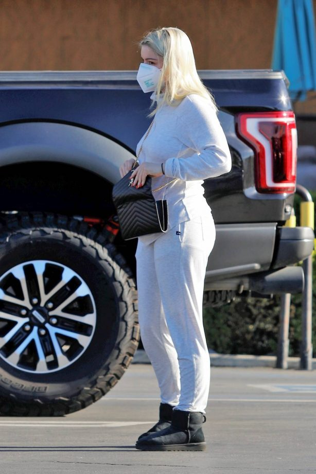 Ariel Winter - In a white jumpsuit seen after shopping at Gelson's in Los Angeles