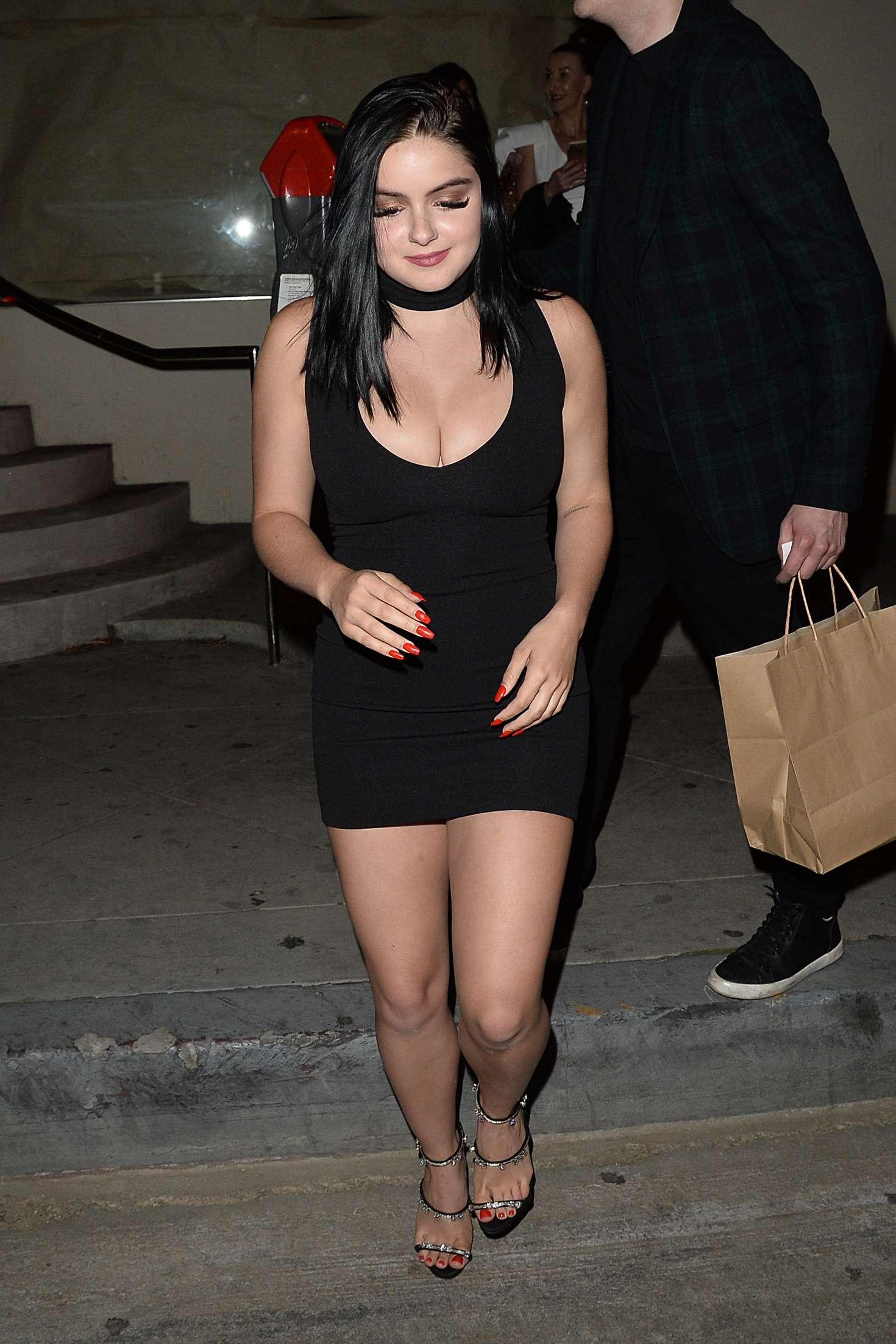 Ariel Winter In Black Mini Dress 10 Gotceleb