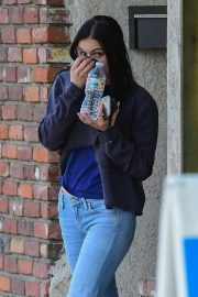 Ariel Winter in Jeans - Leaves an actors studio class in Studio City