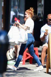 Ariel Winter - In Jeans outside Big Sugar Bakery in Studio City