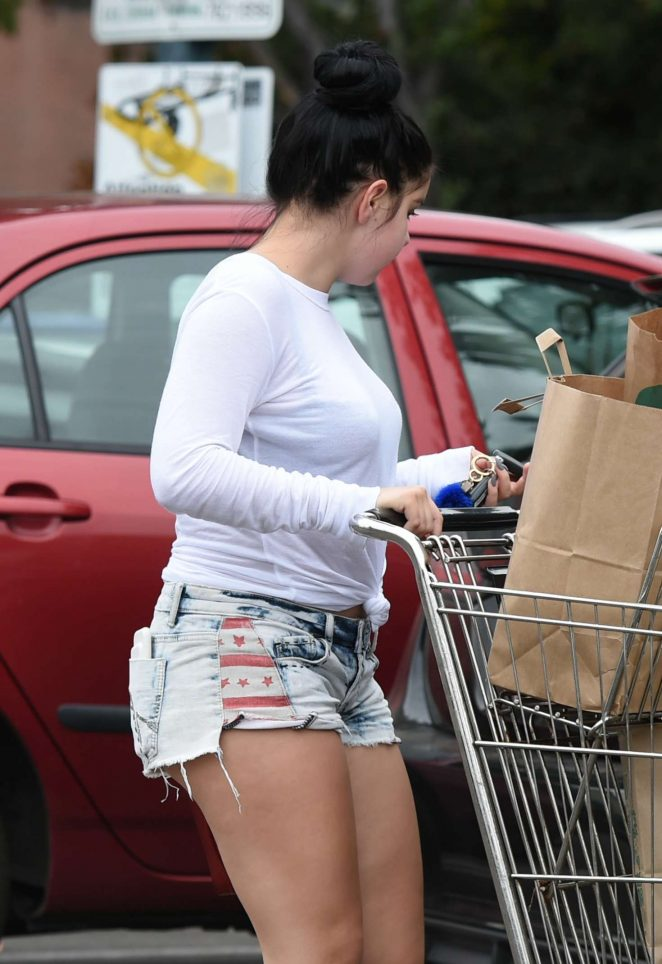 Ariel Winter in Jeans Shorts shopping at Whole Foods Market in LA