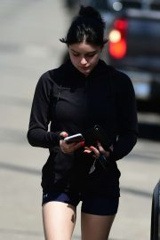 Ariel Winter in Shorts - Leaves a gym in Studio City