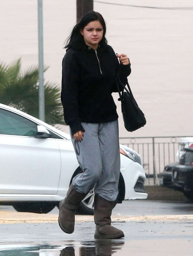 Ariel Winter in Sweats out shopping in Los Angeles