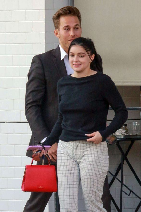 Ariel Winter - Leaves Joan's On Third in West Hollywood