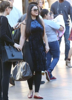 Ariel Winter - Out In Los Angeles