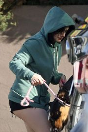 Ariel Winter - Takes her pooch for a walk in Los Angeles