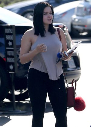 Ariel Winter - Visits Her School For College Classes in Los Angeles
