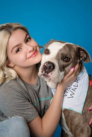 Ariel Winter - Wags and Walks (March 2021)