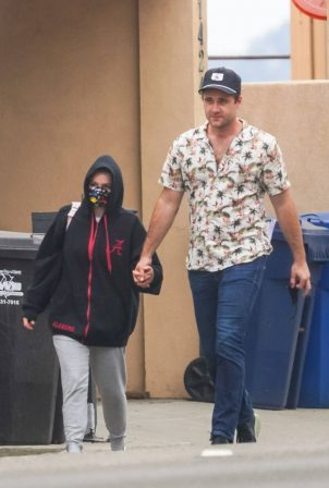 Ariel Winter with boyfriend out in Malibu
