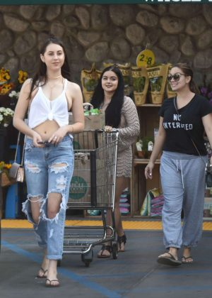 Ariel Winter With Her Sister Shopping in Los Angeles