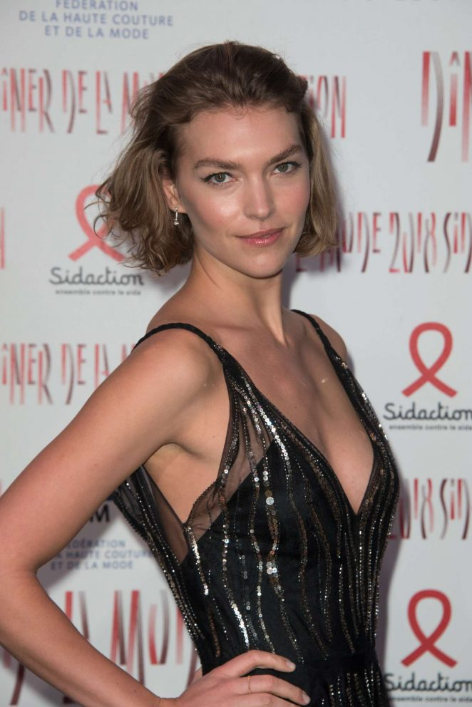 Arizona Muse - 2018 Sidaction Gala in Paris