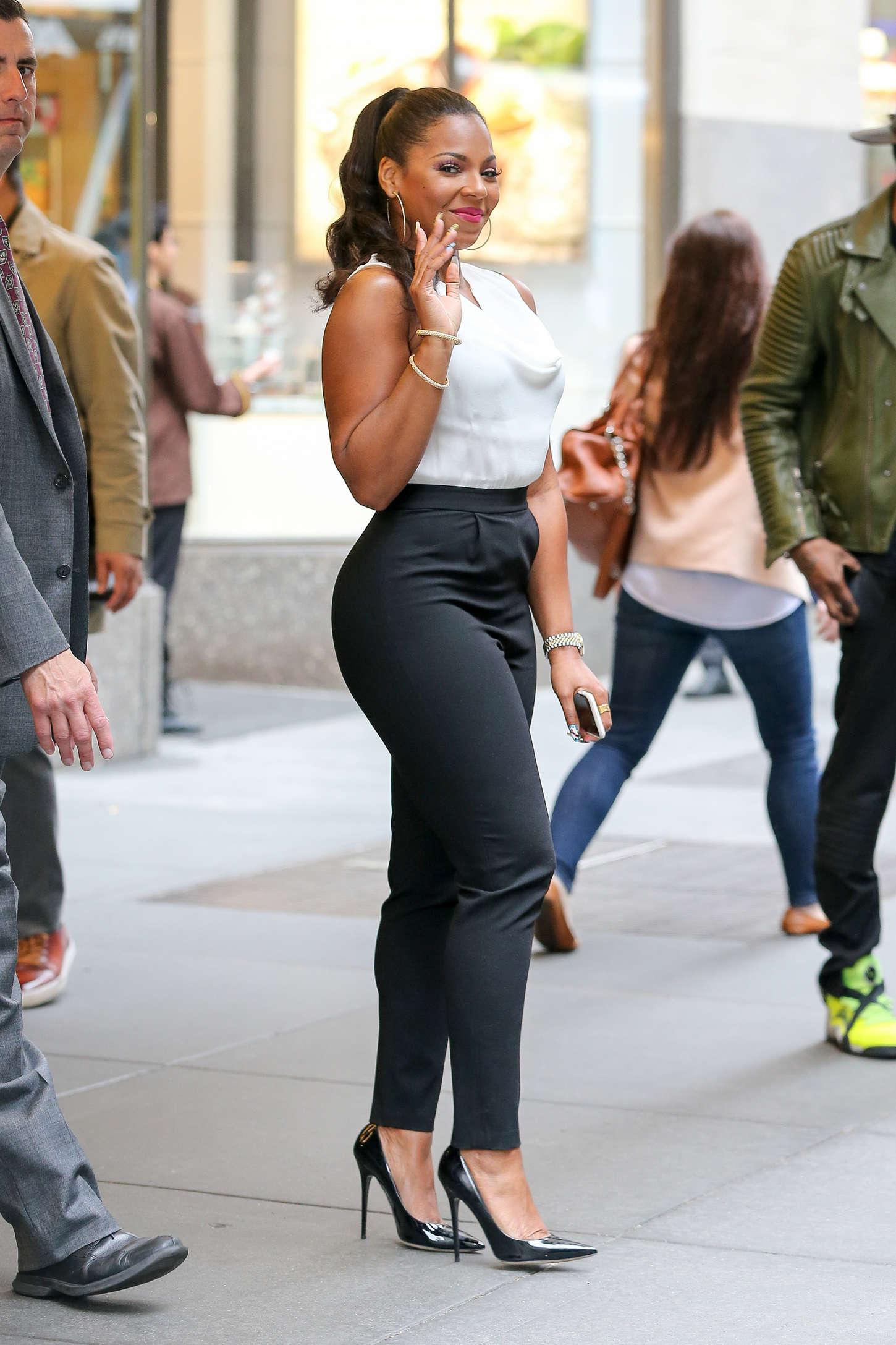 Ashanti tight pants pity