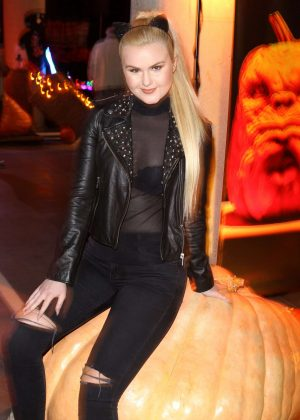 Ashlee Keating - Rise of the Jack O'Lantern in Los Angeles