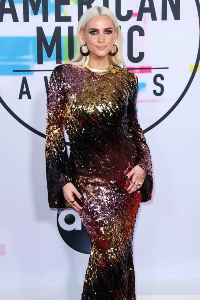 Ashlee Simpson - 2017 American Music Awards in Los Angeles