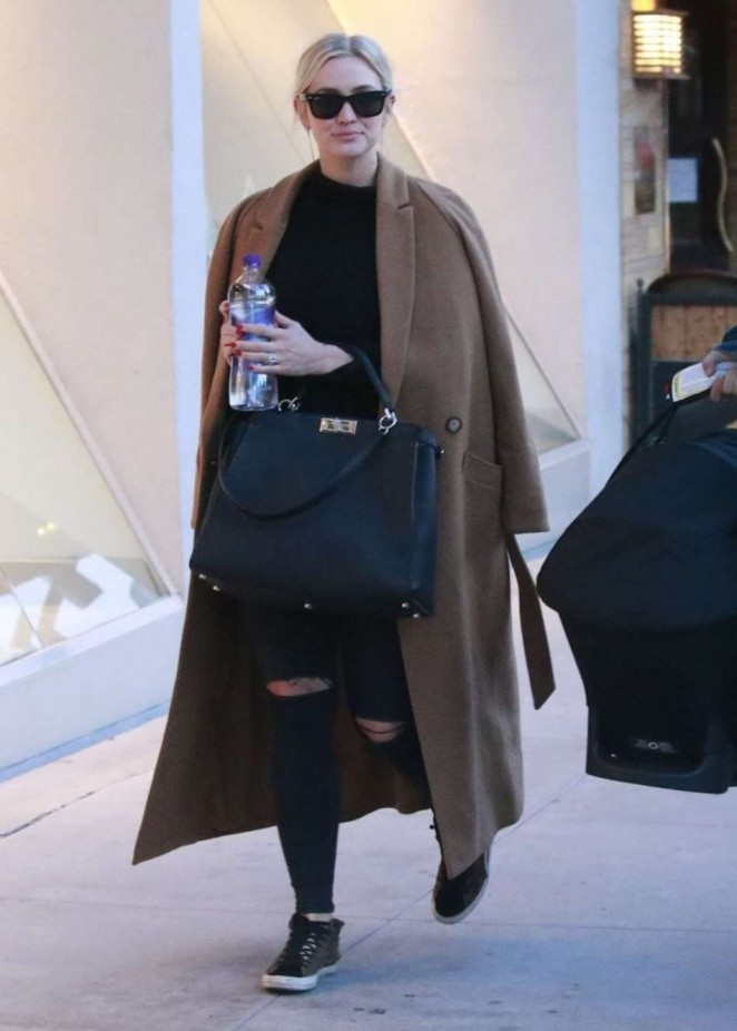 Ashlee Simpson and Evan Ross at Il Pastaio in Beverly Hills