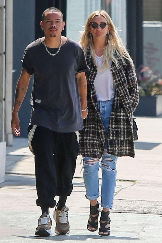 Ashlee Simpson and Evan Ross: Out in Los Angeles -05