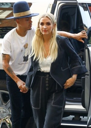 Ashlee Simpson - Arrives at The Bowery Hotel in New York City