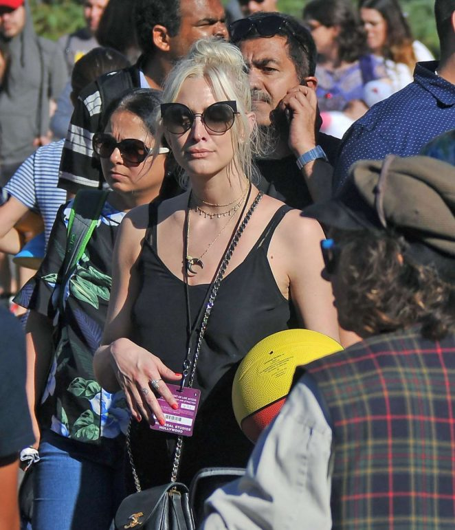 Ashlee Simpson at Universal Studios in Hollywood
