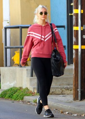 Ashlee Simpson - Going at the gym in Los Angeles