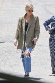 Ashlee Simpson in Ripped Jeans - Out in Studio City
