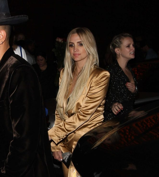 Ashlee Simpson Leaving 1Oak Nightclub in West Hollywood