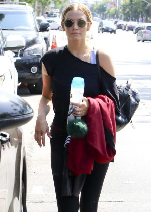 Ashlee Simpson - Leaving Trace Anderson gym in Studio City