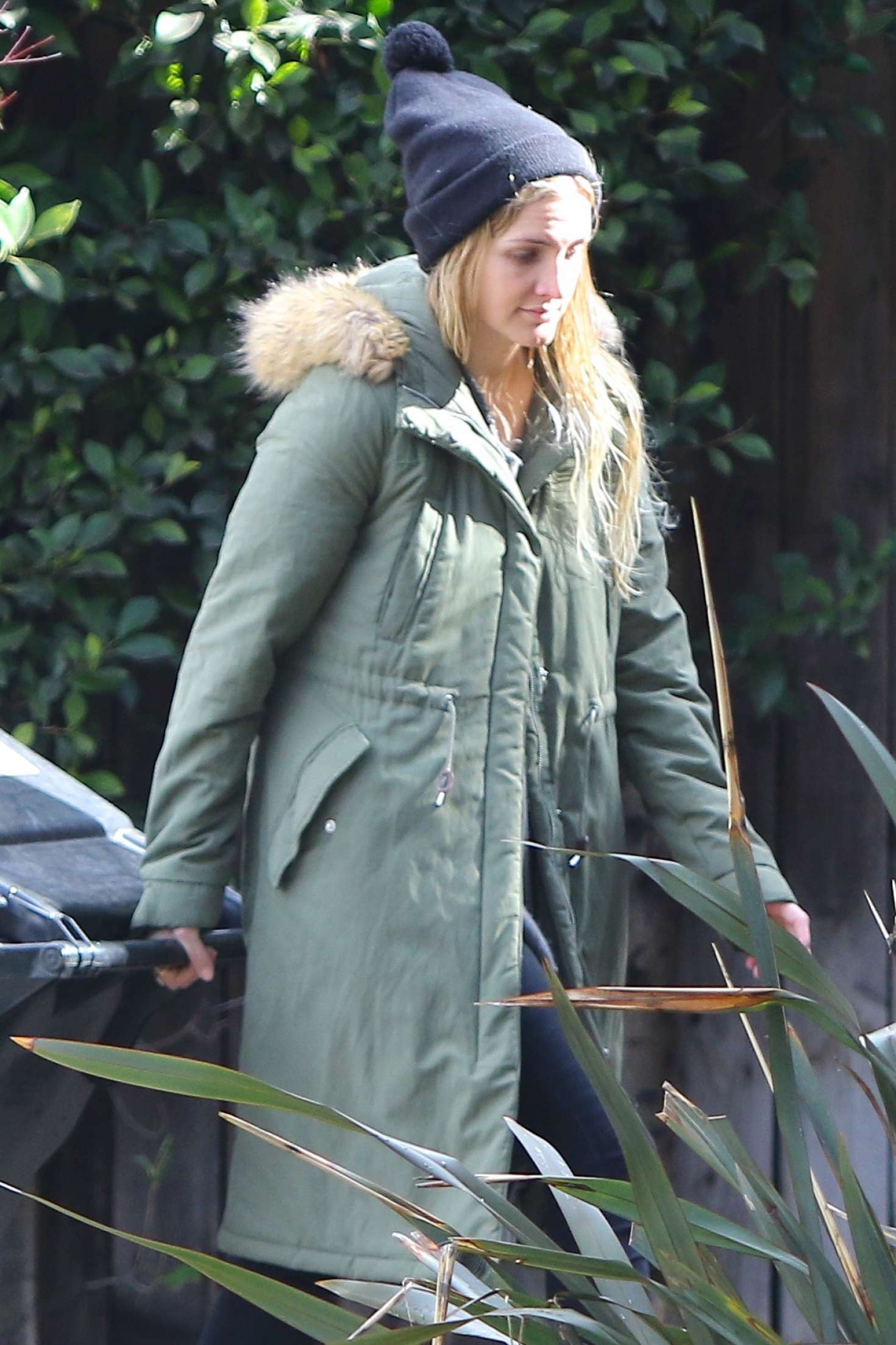 Ashlee Simpson on the rain in Sherman Oaks